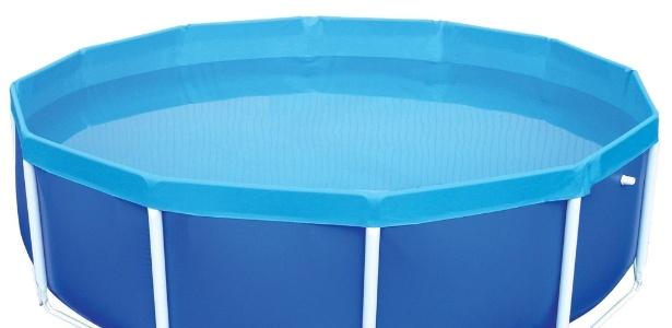 Saiba como escolher e manter piscinas desmont veis 04 02 for Piscinas plasticas redondas