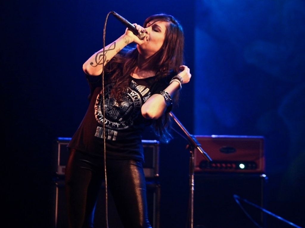 1.fev.2013 - Pitty canta no show