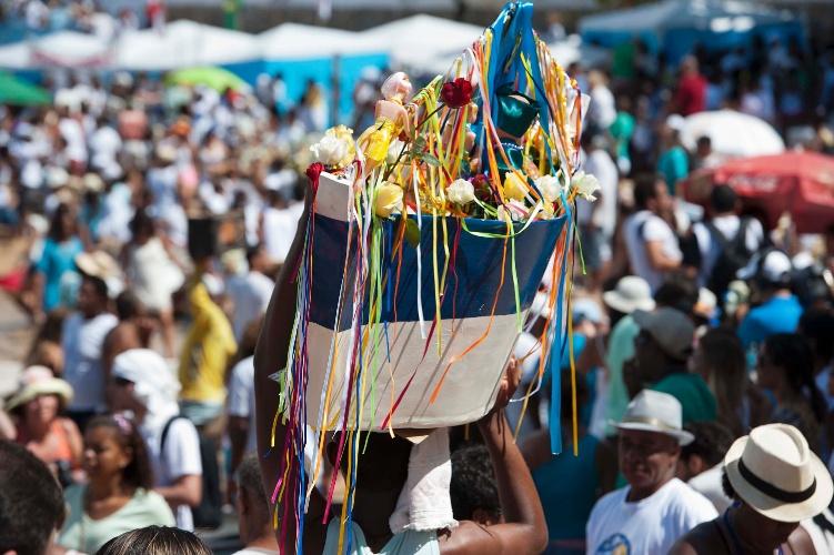 2.fev.2013 - Festa de Iemanjá, em Salvador