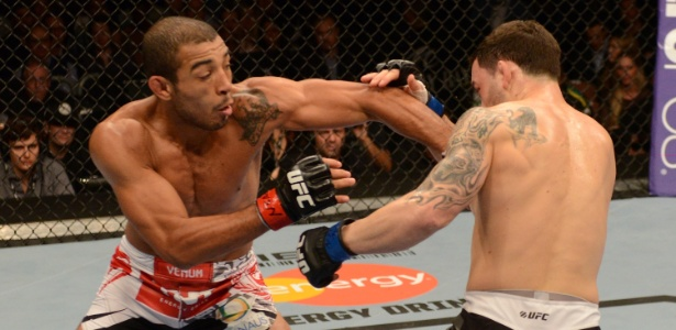 Aldo enfrenta Edgar na luta principal do UFC 156; brasileiro venceu por pontos