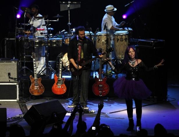 3.fev.2013 - Baby do Brasil apresenta novo show no HSBC Brasil, em São Paulo