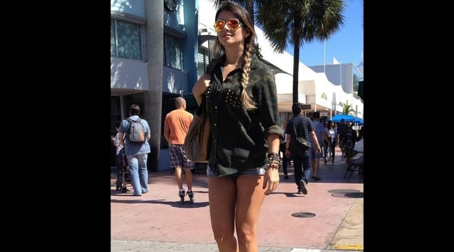 4.jan.2013 - Paula Fernandes viajou de férias para Miami, Estados Unidos.