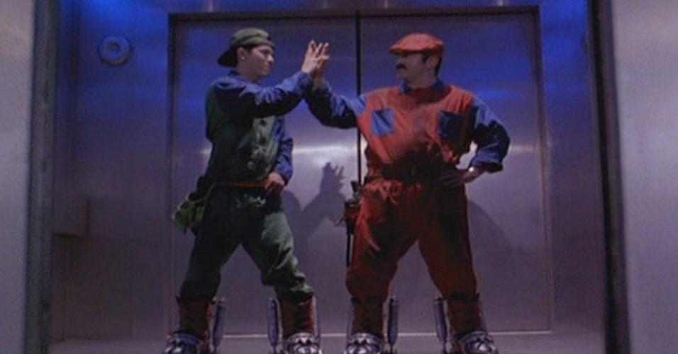 """""""Super Mario Bros."""" (1993), de Annabel Jankel, Rocky Morton: Poucos filmes baseados em games dão certo, mas """"Super Mario Bros."""" é o que tem a pior reputação: rendeu menos da metade do que custou, encabeçou a lista de piores do ano e hoje tem 13% de críticas positivas no Rotten Tomatoes"""
