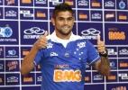 Após deixar Palmeiras por vaias, Luan encara torcida celeste que tem histórico de