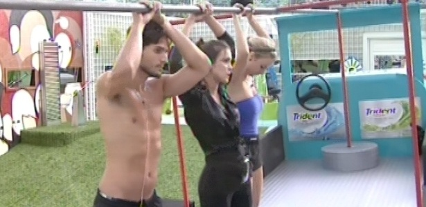 8.fev.2013 - André, Kamilla e Fernanda permanecem na disputa pela liderança