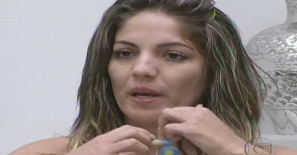 10.fev.2013 - Anamara imuniza Nasser antes do quinto paredão do