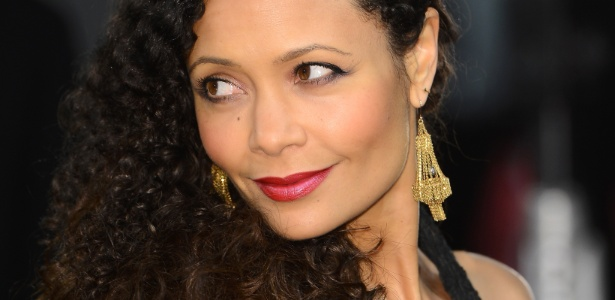 Thandie Newton no Bafta Awards em fevereiro