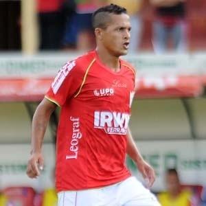 Souza marcou um golaço na Arena Barueri, já aos 47min da etapa final, e garantiu a vitória da Lusa
