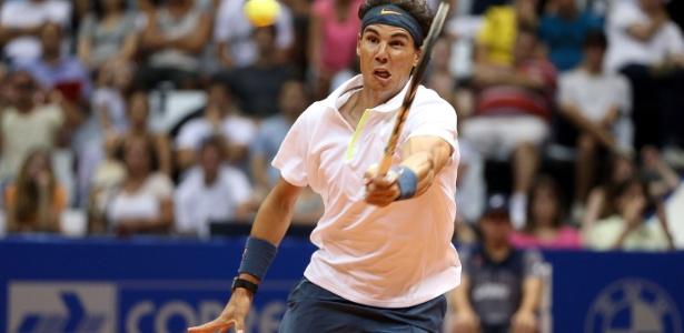 Rafael Nadal abandona torneio de duplas em São Paulo para preservar físico