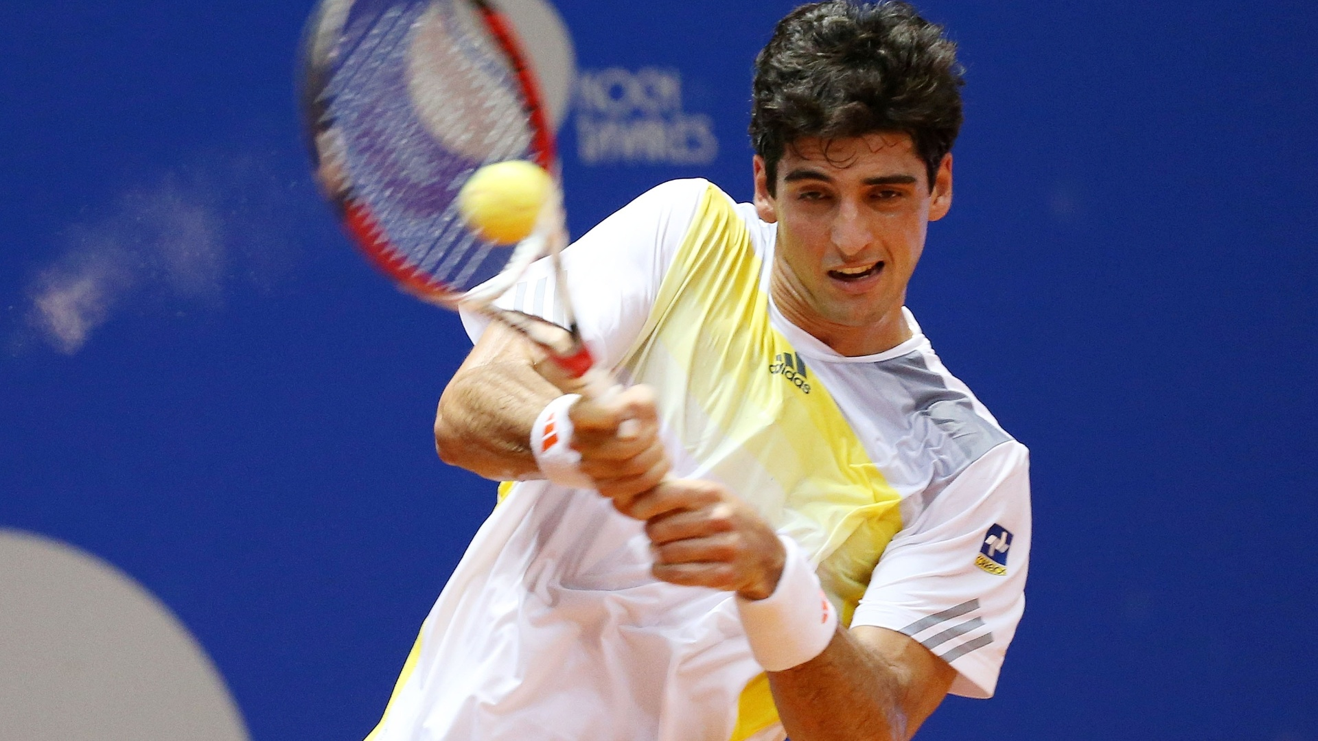 12.fev.2013 - Thomaz Bellucci contra o compatriota Guilherme Clezar