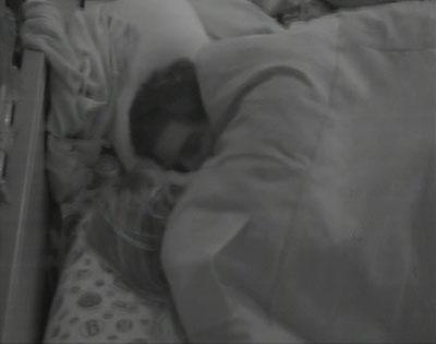 André e Fernanda se beijam em véspera de paredão