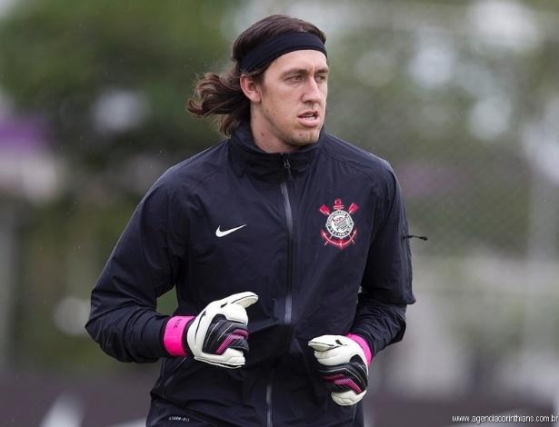Cássio, goleiro do Corinthians, treina no CT Joaquim Grava