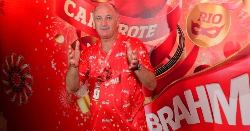 Luiz Felipe Scolari participa de Carnaval no Rio de Janeiro