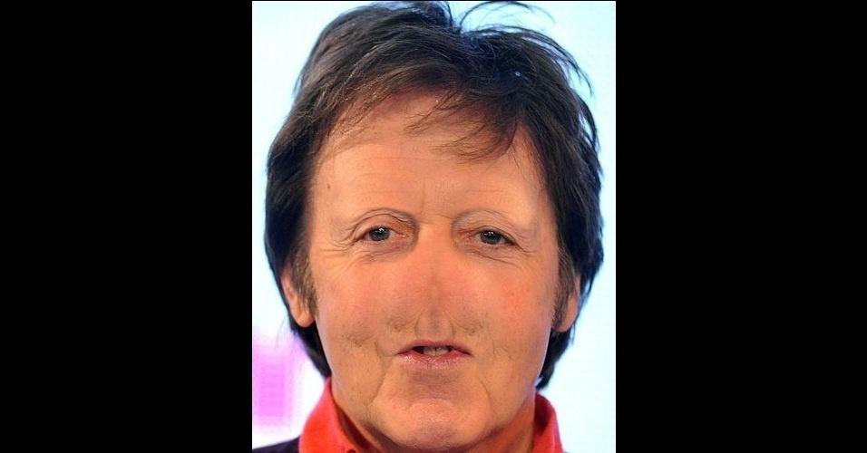 """O site """"Freaking News"""" reúne fotos de celebridades que tiveram os narizes retirados em editores de imagens. Em alguns casos, os famosos perderam também a sobrancelha, como no caso do músico Paul Mccartney"""