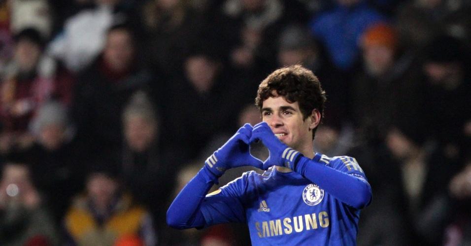 14.fev.2013 - Oscar saiu do banco para marcar o gol da vitória do Chelsea