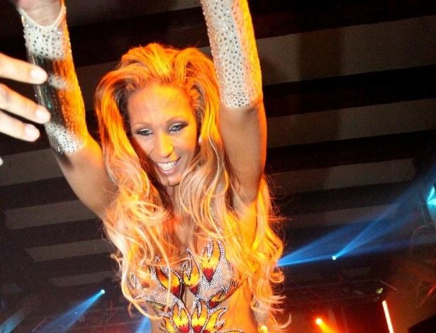 15.fev.2013 - A funkeira Valesca Popozuda se apresentou em uma boate em Zurique, na Suíça