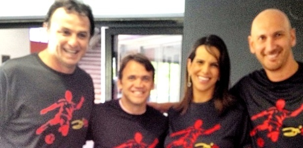 Nalbert (d) postou foto no Instagram com Carlão (e), Petkovic e Virna em festa para Zico