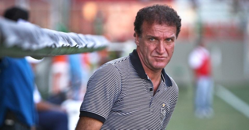 Técnico Cuca durante vitória do Atlético-MG sobre o Araxá por 3 a 0 (17/2/2013)