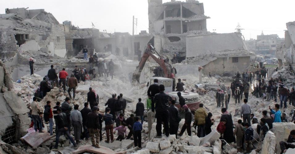 19.fev.2013 - Ataque de míssil em um bairro popular de Aleppo, no norte da Síria, deixa 19 mortos e dezenas de feridos