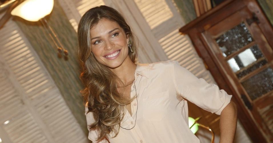 """19.fev.2013 - Grazi Massafera participa do lançamento de """"Flor do Caribe"""", próxima novela das 6 da Globo"""