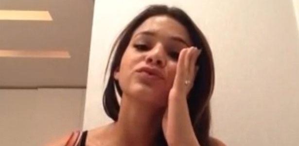 23.fev.2013 - O jogador Neymar postou uma foto no Instagram enviando um beijo de boa noite para sua namorada, Bruna Marquezine
