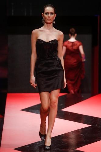 26 fev. 2013 - A Cariátides mostrou vestidinhos para meninas baladeiras