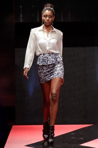26 fev. 2013 - O peplum (sobressaia mais curta) continua em alta na moda e pode ser encontrado na marca do Capuccino, no Brás