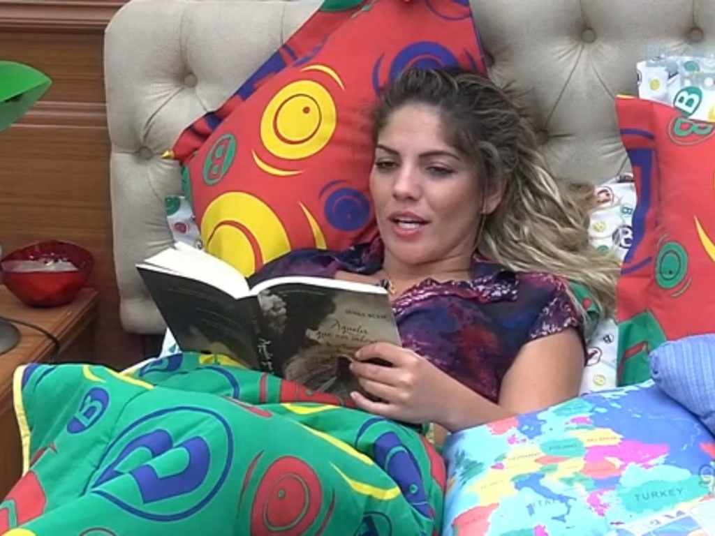 26.fev.2013 - Anamara diz ter estranhado atiutude de Natália no jogo da discórdia