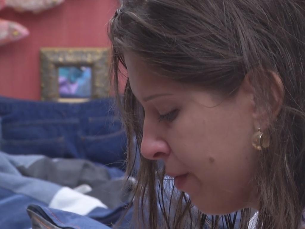 26.fev.2013 - Andressa também chorou ao conversar com Nasser na tarde desta terça-feira