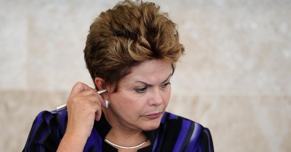 27.fev.2013 - Presidente Dilma Rousseff participa de reunião do Conselho de Desenvolvimento Econômico e Social (CDES) no Palácio do Planalto, em Brasília