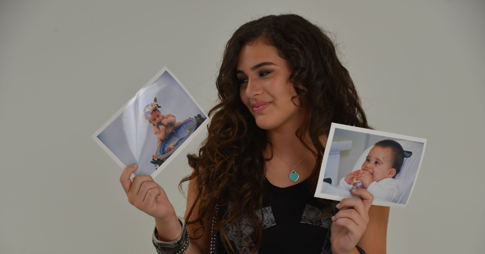 """28.fev.2013 - Lívian Aragão posou com exclusividade para o UOL no estúdio de sua mãe, Lílian, localizado na Barra da Tijuca, zona oeste do Rio. Aos 13 anos, a adolescente abriu seu baú de fotos e relembrou a infância. """"As pessoas levam um susto quando veem que eu cresci"""", contou"""