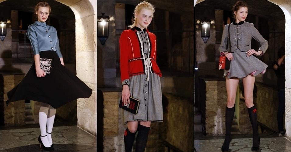 Modelos apresentam looks de Olympia Le Tan para o Inverno 2013 durante a semana de moda de Paris (28/02/2013)