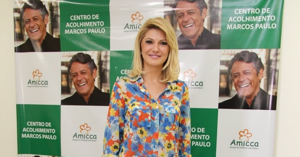 1.mar.2013 - Antonia Fontenelle inaugurou o Centro de Acolhimento Marcos Paulo, no Rio. A casa tem por finalidade ajudar crianças com câncer
