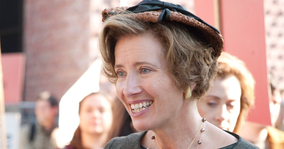 Emma Thompson em cena do filme