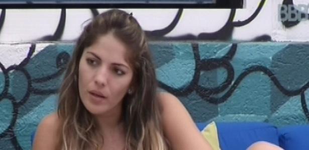 2.mar.2013 - Anamara fala com Fani que quer muito ser líder para falar