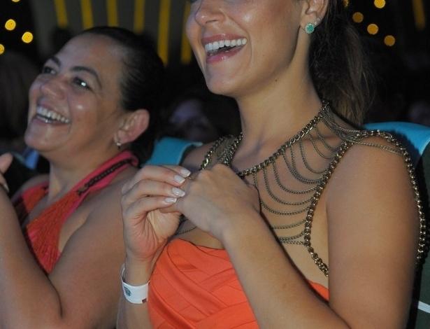 3.mar.2013 Jornalista Nádia Haddad durante a apresentação de mais um show da dupla Zezé di Camargo e Luciano no cruzeiro