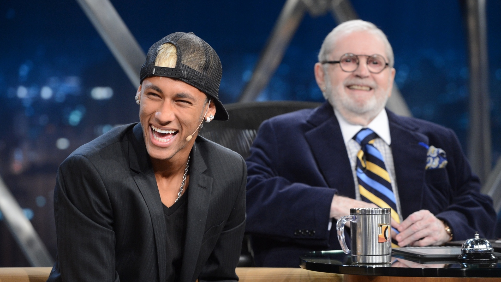 Neymar durante gravao do Programa do J