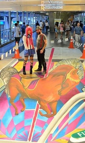 05.mar.2013 - Depois de Bangcoc os artistas seguem para um outro festival similar organizado na cidade de Chiang Mai, que fica no norte da Tailândia e é conhecido destino turístico