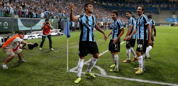 Após vencer o Caracas, o Grêmio cogita atrasar ida para Venezuela para domingo