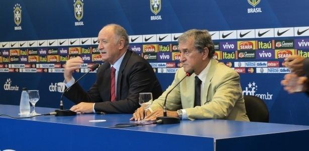 05.março.2013 - Técnico Luiz Felipe Scolari e coordenador Carlos Alberto Parreira em convocação da seleção brasileira