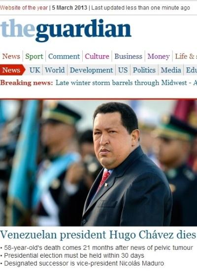"""5.mar.2013 - O jornal inglês """"The Guardian"""" destaca a morte do presidente venezuelano, Hugo Chávez, 58, nesta terça-feira. O presidente foi vítima de um câncer na região pélvica, com o qual convivia há cerca de um ano e meio"""