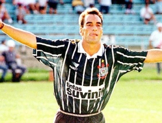 Corneta FC: Há 17 anos, São Paulo era goleado pelo Corinthians com show de Edmundo