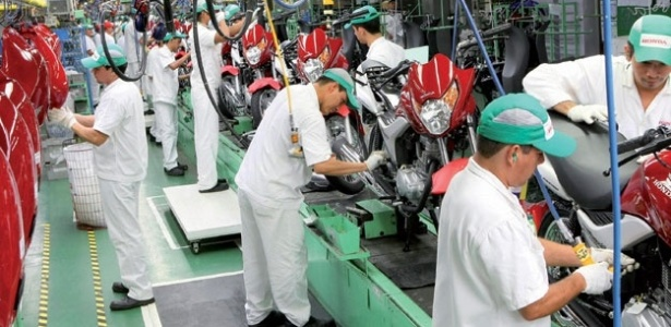 Fábrica de motos em Manaus; frota e acidentes dispararam nos últimos cinco anos no Norte e no Nordeste