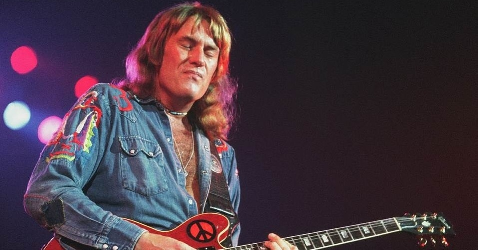 6.mar.2013 - Morreu nesta quarta-feira (6) aos 68 anos o guitarrista brit&#226;nico Alvin Lee, fundador da banda de rock Ten Years After. Segundo o site oficial do m&#250;sico, ele morreu em decorr&#234;ncia de complica&#231;&#245;es ap&#243;s uma cirurgia