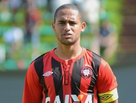 Bruno Costa, zagueiro do time sub-23 do Atlético-PR