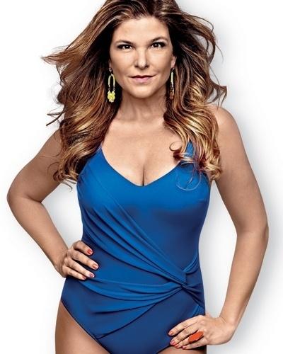 Cristiana Oliveira é capa da Shape de março