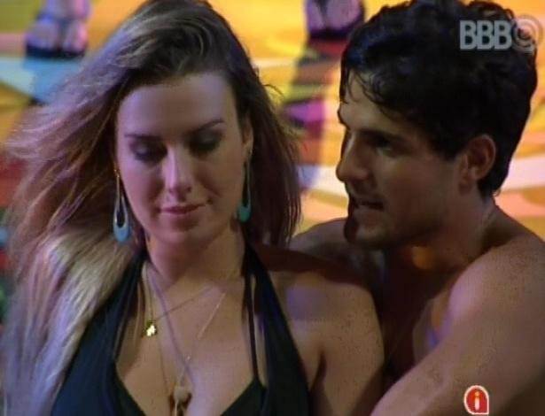 7.mar.2013 - André para Fernanda: