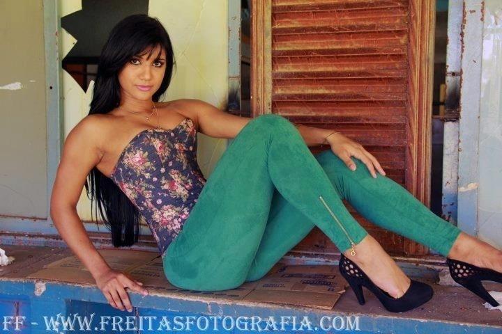 Emanoele Oliveira quer representar o Corinthians no Belas da Torcida 2013