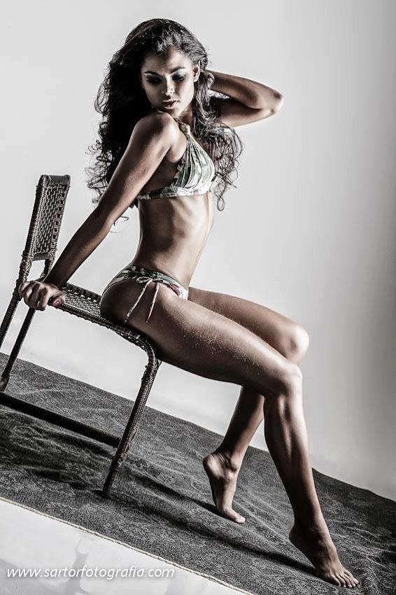 Rebeca Assis é candidadata corintiana ao Belas da Torcida 2013