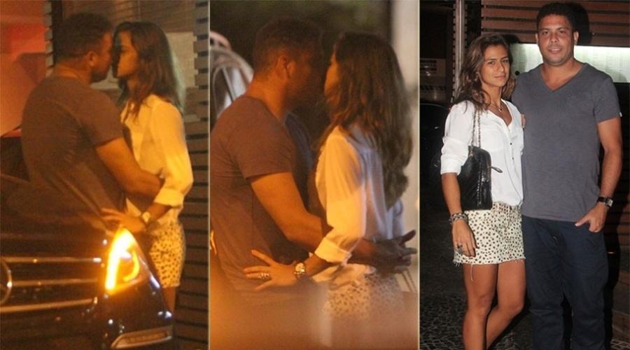 7.mar.2013 - O ex-jogador Ronaldo beija a namorada Paula Morais nas ruas do Leblon, Rio de Janeiro